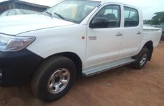 Clean Toyota Hilux 2008 for sale