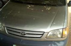 Very clean Toyota Sienna 2000 for sale