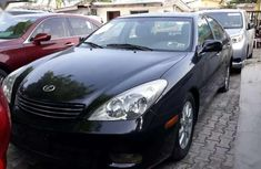 Clean Black 2002 Lexus ES300 With Reverse Camera for sale