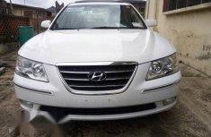 Hyundai Sonata Limited 2009 White for sale
