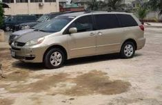 Clean Toyota Sienna 2007 for sale
