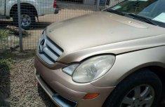 Mercedes Benz r350 petroleum engine 99000km FOR SALE
