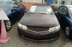A clean Black Toyota Solara 2002 model Nigerian used car for sale