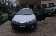 Toyota Corolla XLE 2018 Black for sale