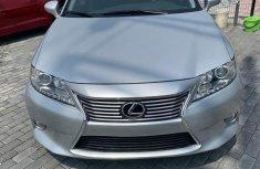 Used Clean Lexus ES 2014 Silver for sale