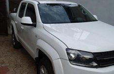 Clean Volkswagen Amarok 2013 White for sale