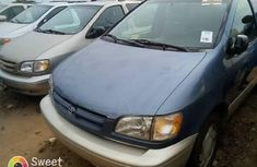 Almost brand new Toyota Sienna Petrol 2000