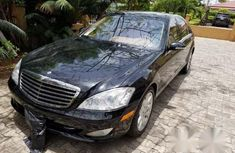 Neat Mercedes-Benz S Class S550 2007 Black for sale