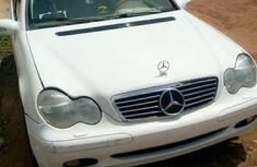 Benz C24O 2003 for sale