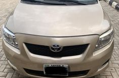 Toyota Corolla 2009 Gold for sale