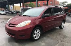 Toyota Sienna 2007 Red for sale