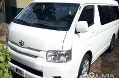 Toyota Hiace Hummer Bus 2014
