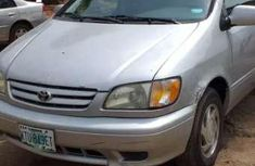 Clean Toyota Seina for sale
