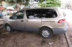 Toyota Sienna 2001 Brown for sale