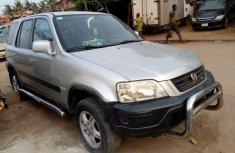 Almost brand new Honda CR-V 2000 for sale