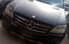 Very clean 2009 Mercedes-Benz ML350 for sale