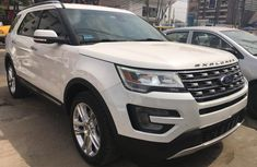 Ford Explorer 2016 Automatic Petrol for sale