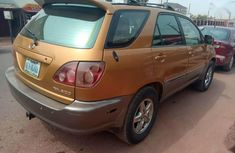 Neatly used 2000 model Rx300 Lexus Jeep for urgent sale.