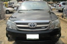 Neatly Used Toyota Fortuner 2008 Black for sale