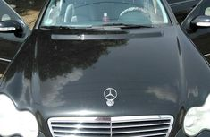 Mercedes-Benz C320 2003 Black for sale