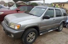 Nissan Pathfinder 2001 Automatic Silver for sale