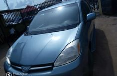 Toyota Sienna XLE 2005 Blue for sale