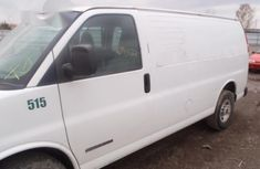 GMC Savana 2003 White for sale