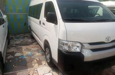 Toyota HiAce 2012 White for sale