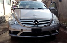 Mercedes-benz R350 2008 Gray for sale