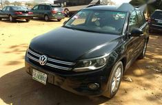 Volkswagen Tiguan 2012 2.0 TDI 2WD Black for sale