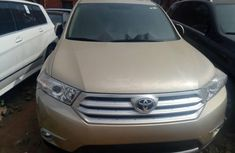Almost brand new Toyota Highlander Petrol 2012 for sale