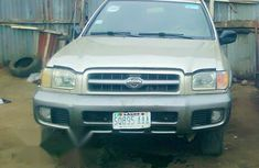 Nissan Pathfinder 2000 Automatic Gold for sale