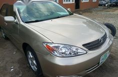 Clean Toyota Camry 2005 Gold for sale