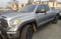 Toyota Tundra 2017 Gray for sale