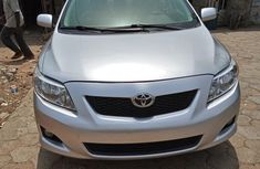 Toyota Corolla 2010 Silver for sale