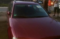 Clean Volkswagen Passat 2004 Red for sale