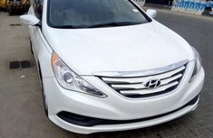 Hyundai Sonata 2014 White for sale