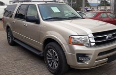 2017 Ford Expedition Automatic Petrol well maintained for ale