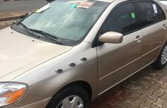Toyota Corolla 2005 Gold for sale