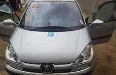 Peugeot 807 2005 2.2 Tendance Silver for sale