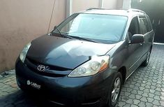 Toyota Sienna 2008 Petrol Automatic Grey/Silver for sale