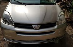Toyota Sienna 2005 LE AWD Silver for sale