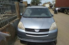 Toyota Sienna 2005 Green for sale