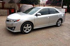Toyota Camry 2014 Silver for sale