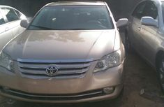 Toyota Avalon 2006 Gold for sale
