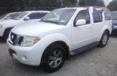 Nissan Pathfinder 2008 SE White for sale
