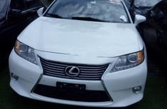 Almost brand new Lexus ES 2014 for sale