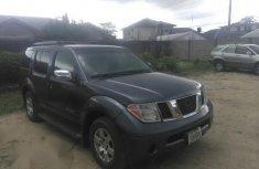Nissan Pathfinder 2005 SE Blue for sale