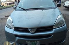 Toyota Sienna 2005 LE AWD Blue for sale