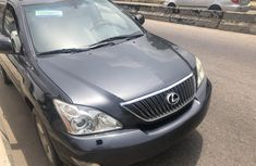 Well-maintained 2006 Grey Lexus RX for sale